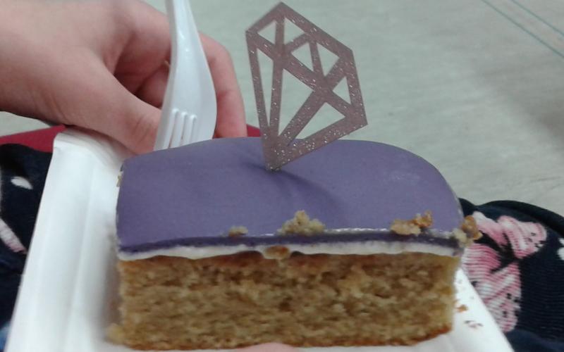 carlosmrosek.com purple diamonds kuchen - Grandioser Auftritt der Purple Diamonds Allstars und Jakob Mathias im Sportzentrum St. Wendel