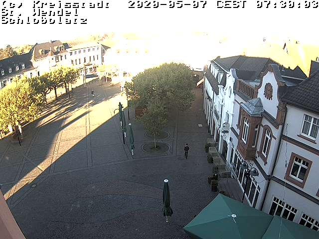 carlosmrosek.com stwendel schlossplatz webcam 2020 - Historische Demokratie-Demo in St. Wendel