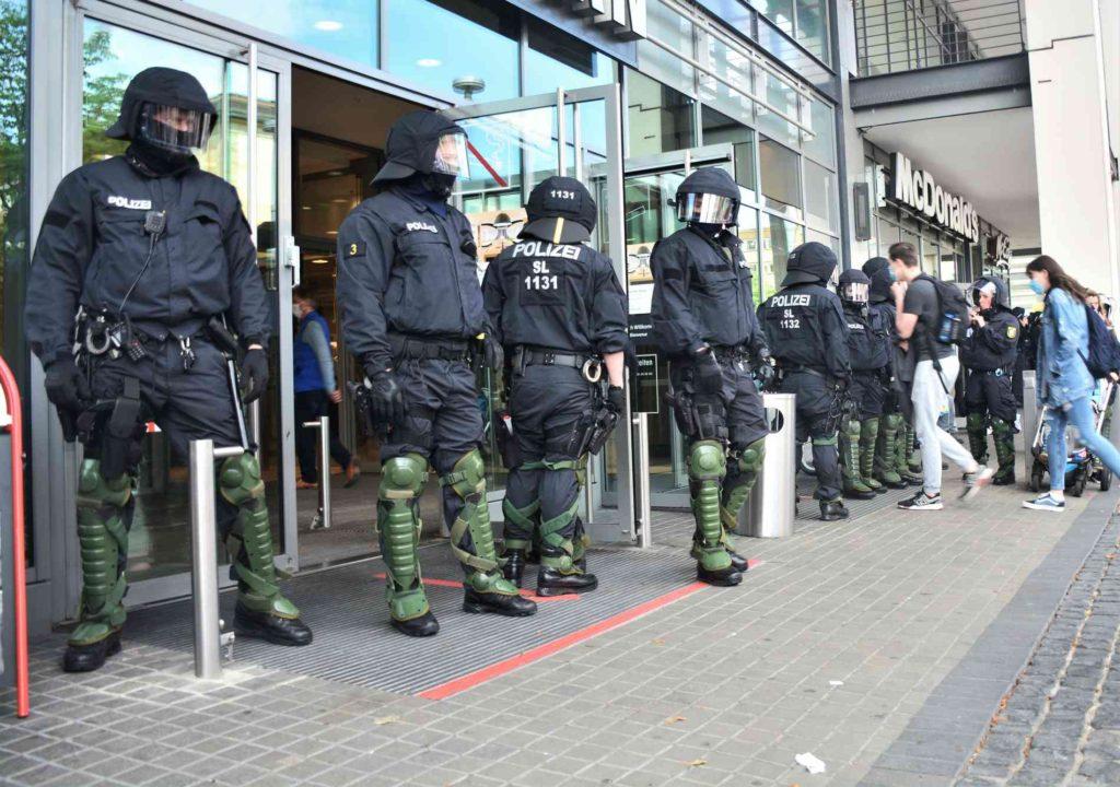 w1900 h1336 x1796 y1263 CSC 1620 cc927399a7afaac3 1024x720 - Saarländische Polizei jagt unbekannten Graffiti Künstler aus St. Wendel